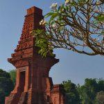 Menyusuri Jejak-Jejak Ibukota Majapahit di Trowulan, Mojokerto
