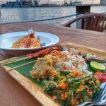Menikmati Hidangan Laut di Pantai Mutiara Jakarta: Jetski Cafe