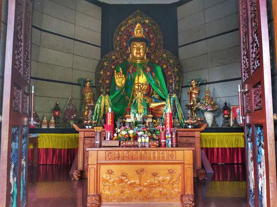 pagoda watugong semarang