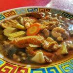 Seafood Lautze tapi Jualannya Ayam dan Tahu?